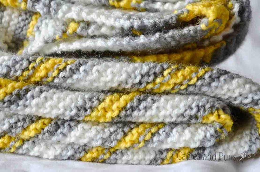 Lionbrand Big Scoops Mochi Knit Blanket Stitch Definition