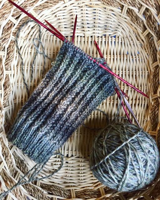 sock yarn, paton socks, patons kroy socks, patons kroy socks FX yarn, mens socks, yarn, cameo yarn, cameo color, sock pattern