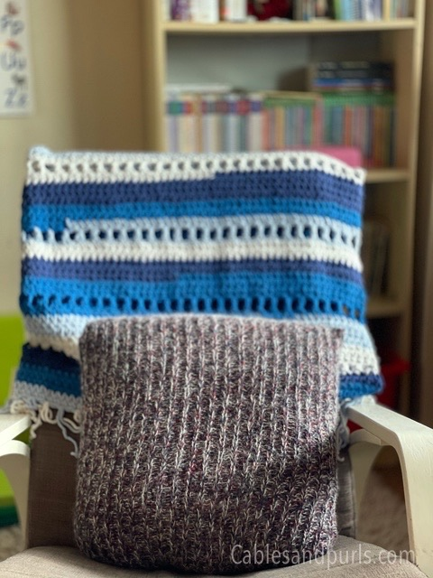 Handmade knit ribbing pillows for couch